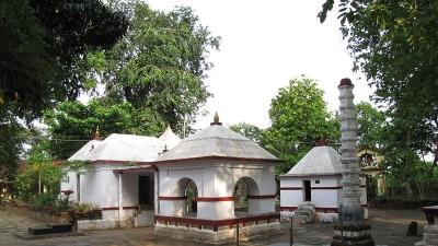 ഭദ്രാവതിയിലെ മഠങ്ങള്