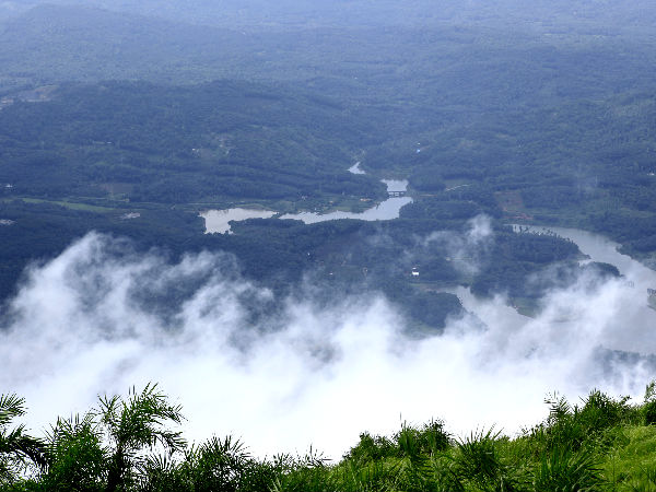 Ilaveezhapoonchira – An Unexplored Treasure of Kerala