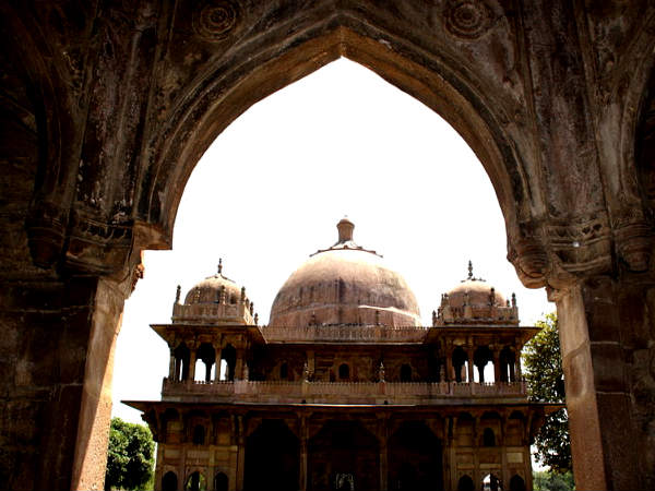 Tomb of Makhdoom Yaya Maneri, Patna