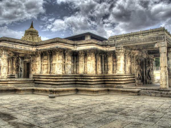 Talakadu Panchalingeshwara Temple