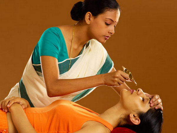 Take A Rejuvenating Ayurveda Tour in Kerala!