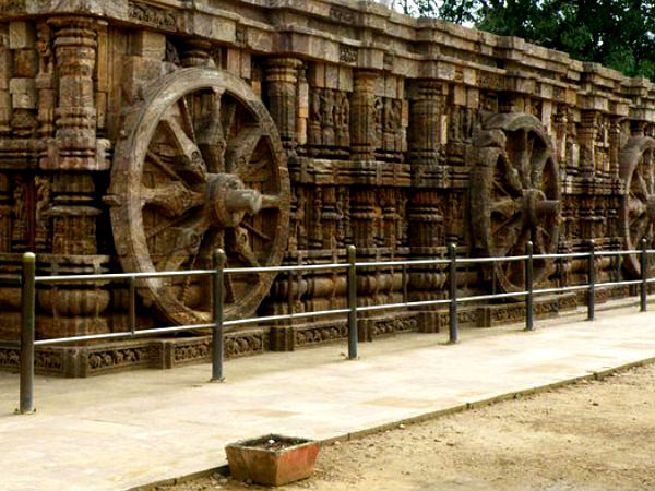Interesting Facts of the Temple: Wheel