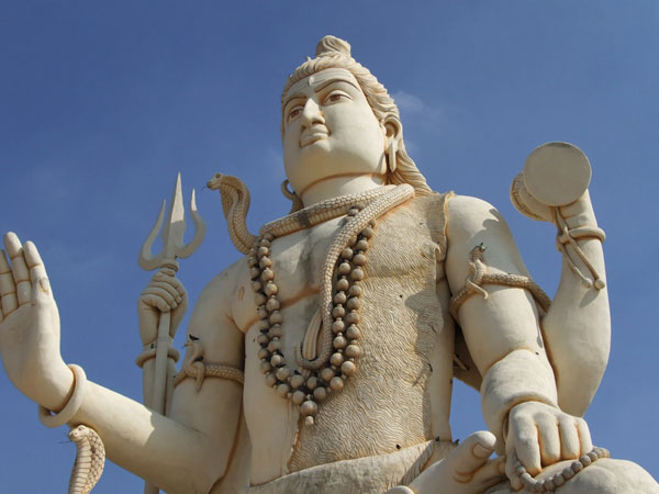 <strong>Read More About Captivating Palaces Of Gujarat</strong>