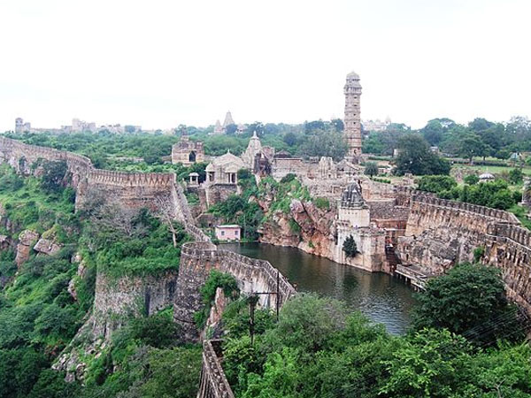 Chittorgarh, Of Forts and Palaces