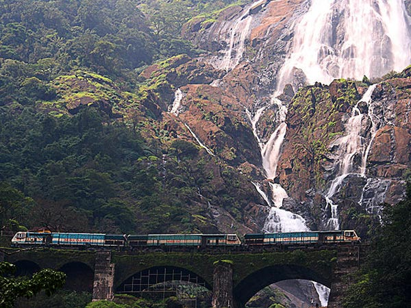 Offbeat Travel Ideas – Unique Railway Stations of India