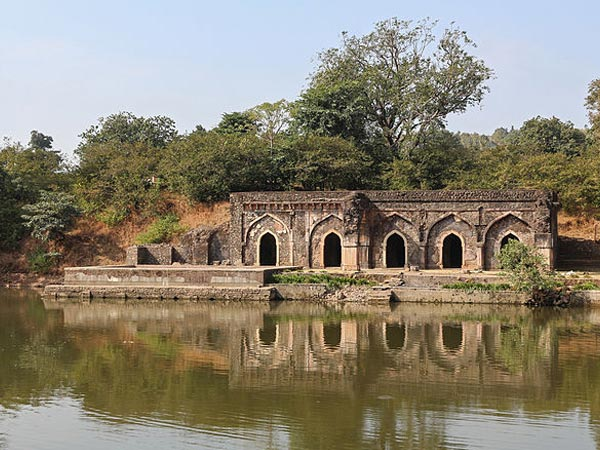 Beautiful Vistas of Mandu