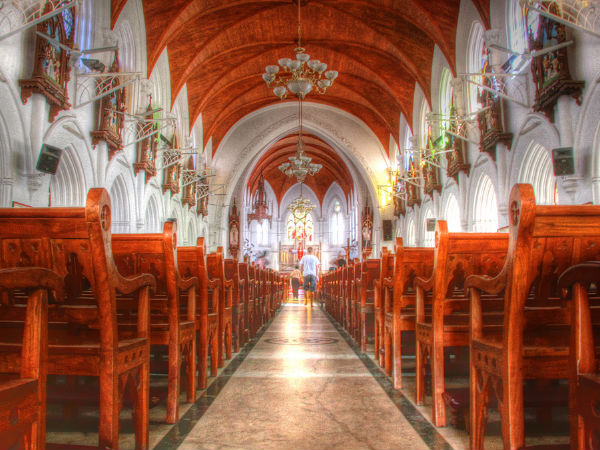 10 Famous Churches of India