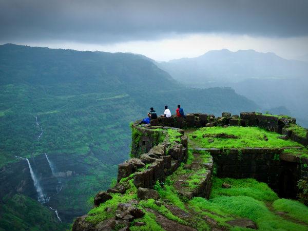 <strong>Best trekking destinations in Maharashtra</strong>