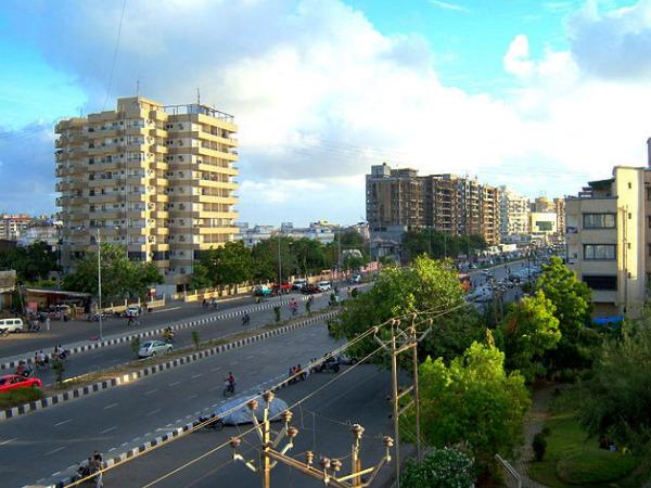 Travel to the Diamond City of Surat