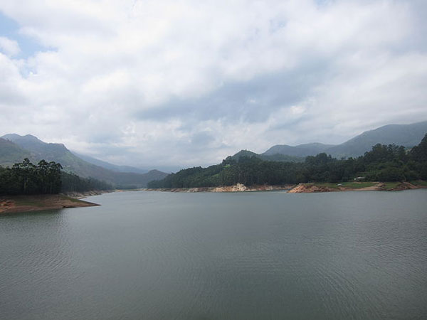 Travel to the Rejuvenating Landscape of Devikulam