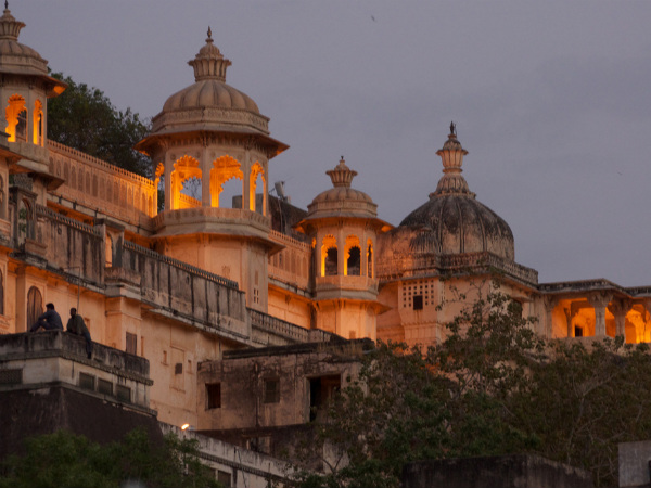 7 Best Places in India to see Light and Sound Shows