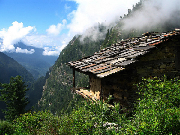 Travel to the Greek Town of Malana