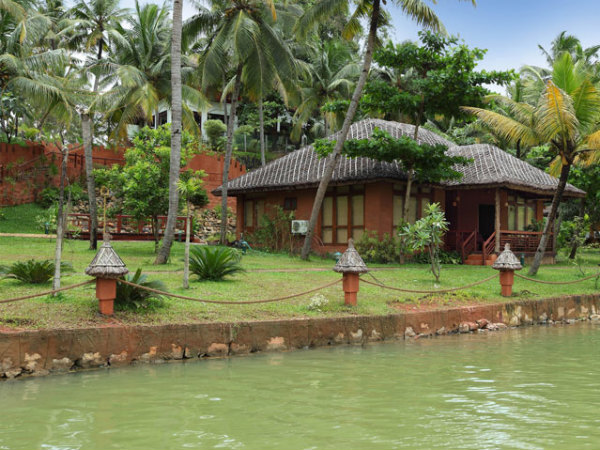Fragrant Nature Resort, Kollam
