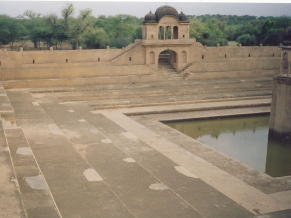 A Pond in Fatehpur