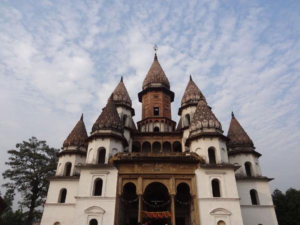 10 Uniquely Designed Temples in West Bengal