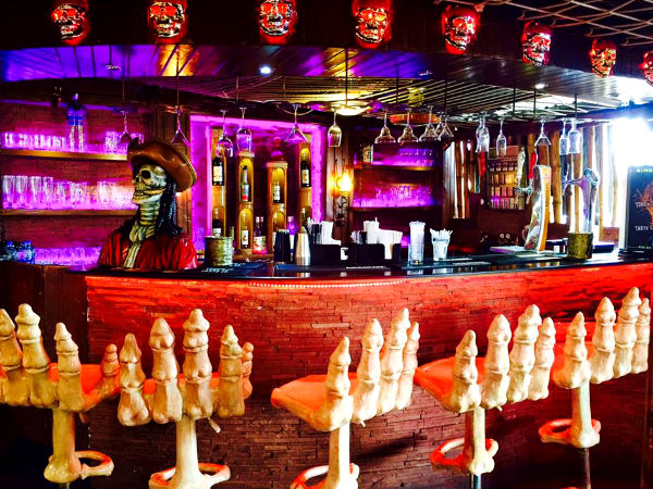 10 Crazy Themed Restaurants in India For Food & Fun