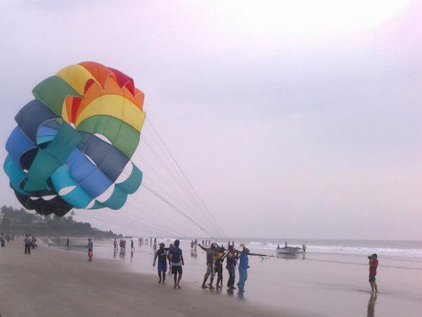 Best Destinations For Parasailing in India