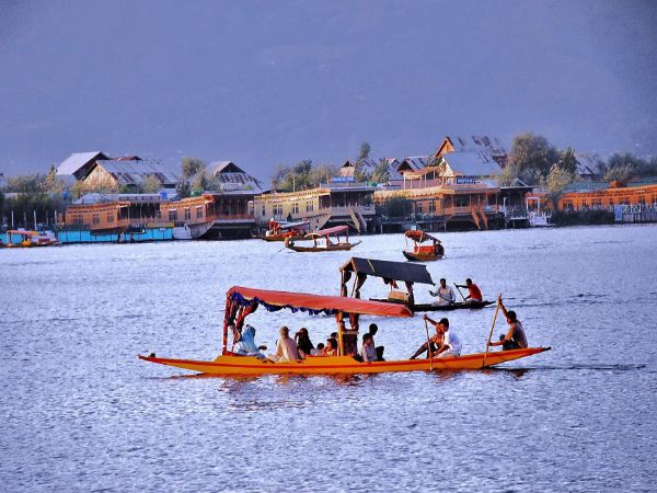 8 Charming City of Lakes in India
