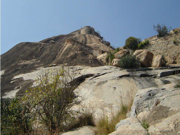 Madhugiri trekking