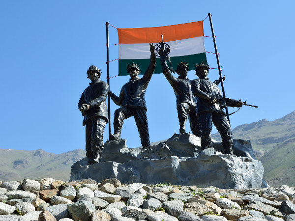Remembering the Martyrs on Kargil Diwas!