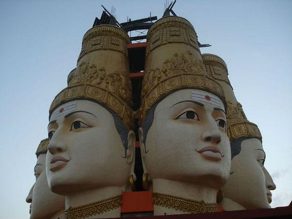 Enchanting Vistas of Shrungagiri Shanmukha Temple