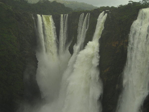 Spellbinding Facts About Jog Falls