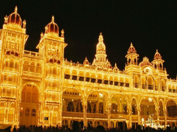 Navratri Utsav – Travel Tips For Mysore Dasara!