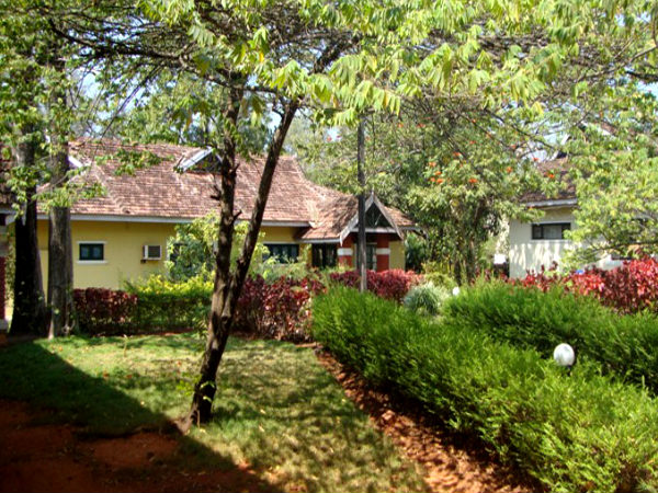 Budget Hotels & Resorts Near Bengaluru!