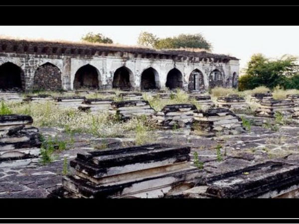 A Well That Still Echoes 60 Women's Cry; The Haunted Sixty Graves In Bijapur