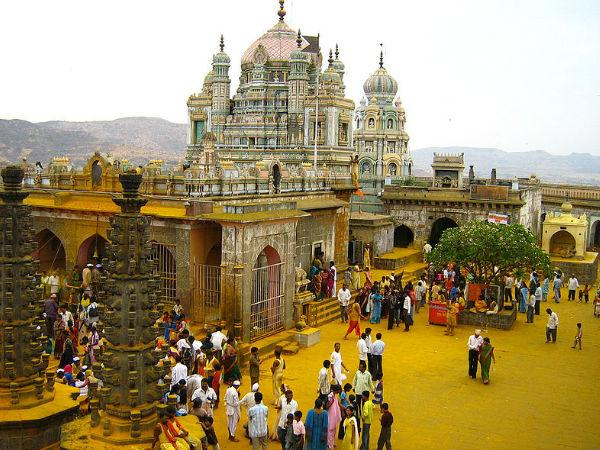 Amazing Tales of Khandoba Temple in Jejuri