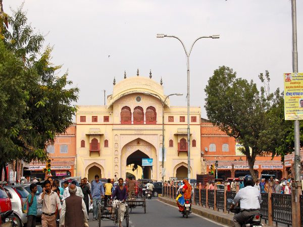 Famous Markets for Shopping in Rajasthan!
