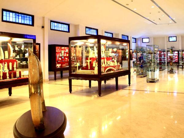 Revi Karuna Karan Museum – A Private Museum in Kerala!