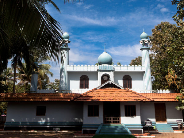 Cheraman Juma Masjid – The First Mosque in India!