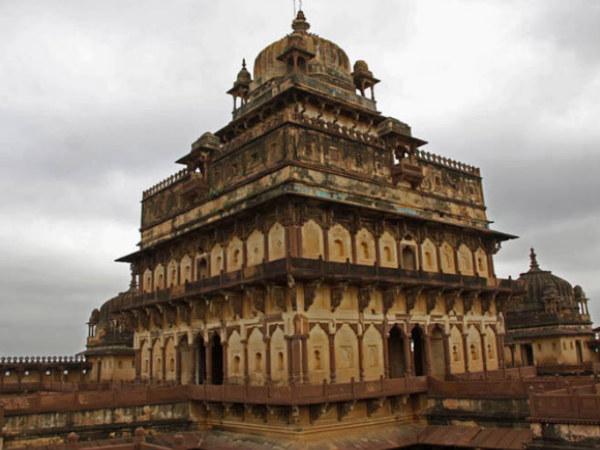 A Palace Where No One Lived - Datia Palace - Nativeplanet
