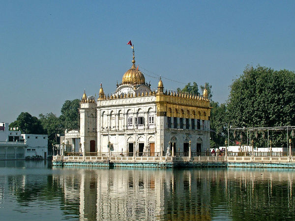 Explore the Durgiana Temple at Amritsar