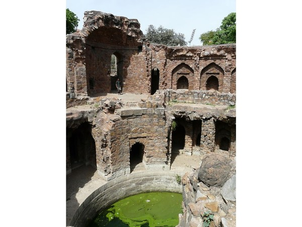 6 Haunted Historical Monuments In India