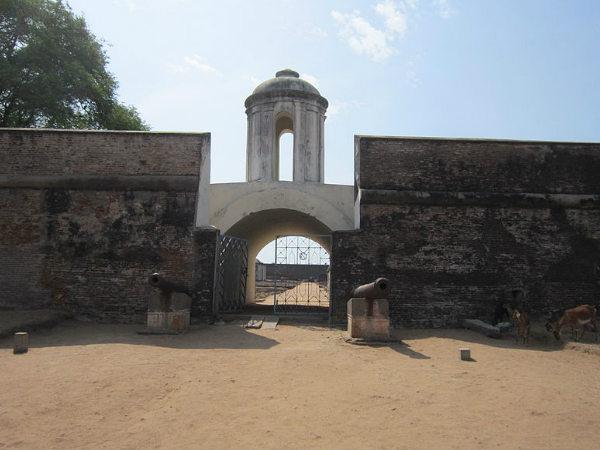 Sadras Fort in Tamil Nadu!