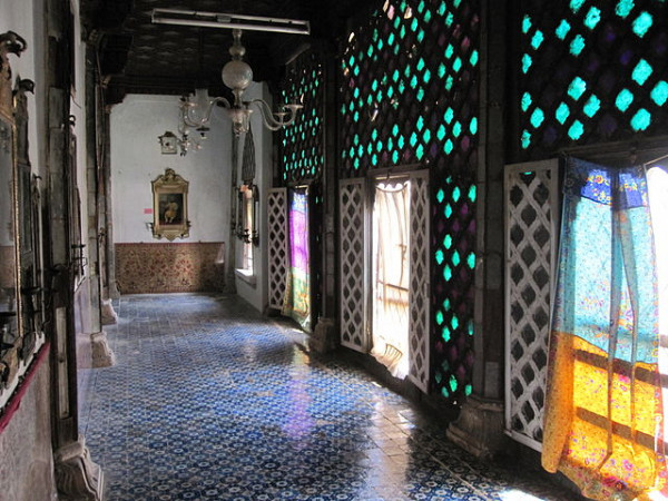 5 Mirror Palaces in India