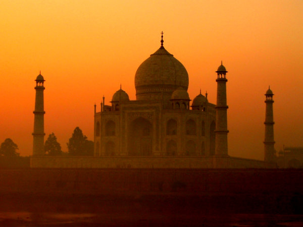A Trip to Taj Mahal, the Epitome of Love