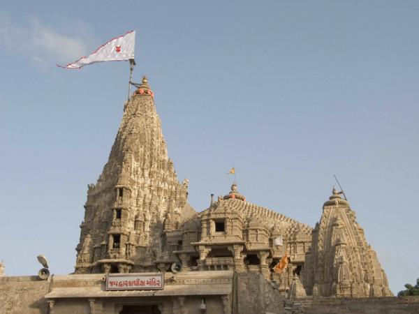 In Detail: Dwarkadhish Temple