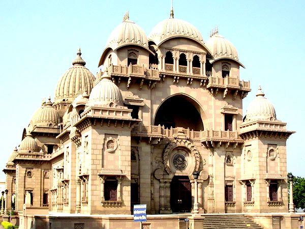 Belur Math in West Bengal - A Structure Symbolising Universal Faith