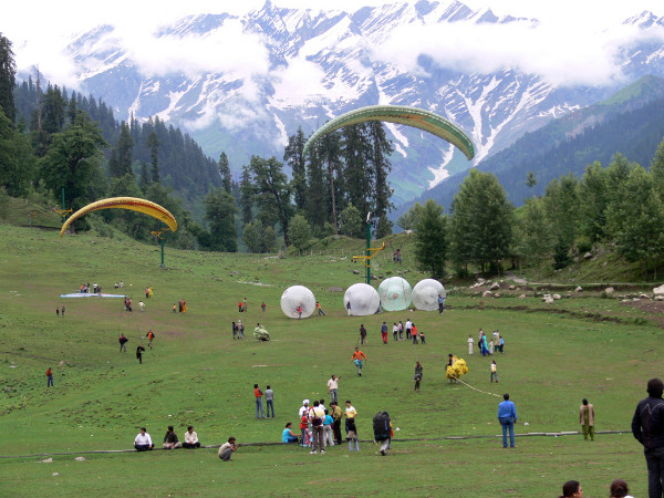 9 Best Places For Paragliding In India