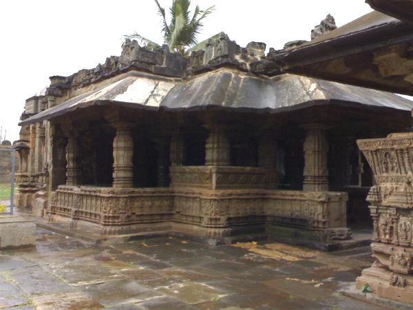 Trikuteshwara temple in Gadag
