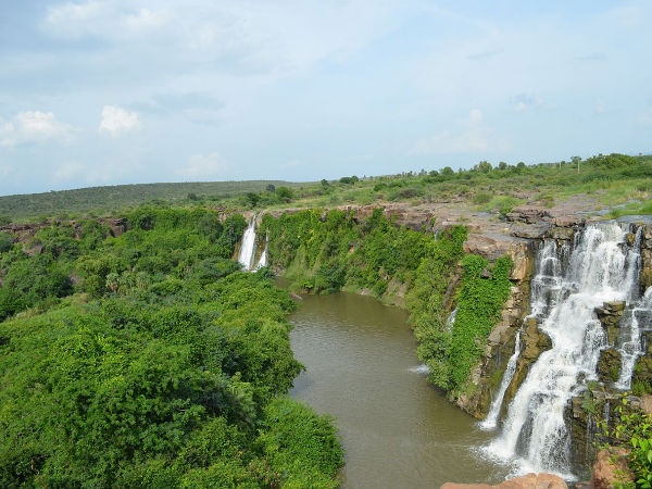 Stunning Waterfalls Near Hyderabad!