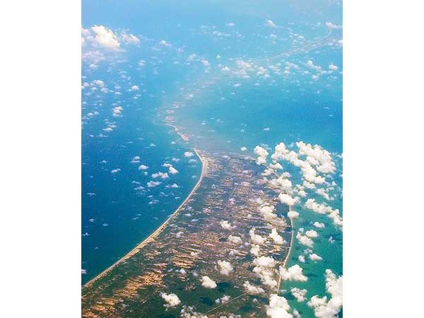 2. Rama Sethu, Rameshwaram – Limestone Shoals Connecting Two Nations