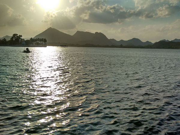 6. Fateh Sagar Lake