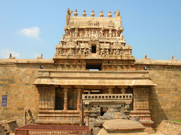 Travel Guide To Airavatesvara Temple In Darasuram