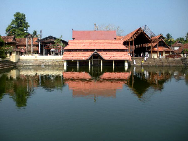 Visit The Famous Temples In Alappuzha