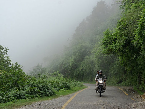 road in Uttarakhand