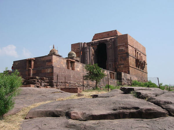 Also Read: 5 Must-visit Places In The City Of Lakes - Bhopal